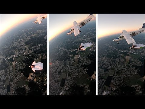 Los Anormales - Mujer vuela al lado de un Avion