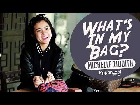 Michelle Ziudith - What's In My Bag?