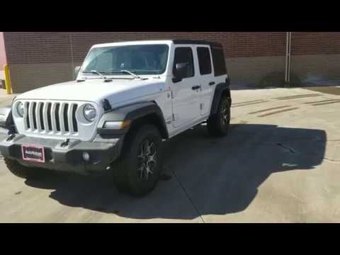2018 Jeep Wrangler JL Unlimited Sport - Rubicon wheels and tires