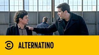 Alternatino with Arturo Caṡtro   World's Worst Translator