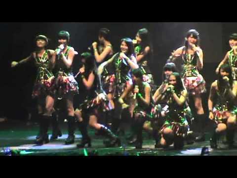 Ponytail to Chou-Chou JKT48 GOR UNY 2013