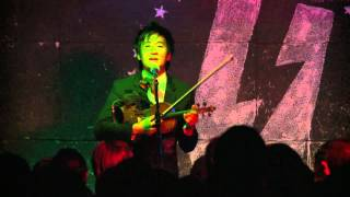 Kishi Bashi Performs