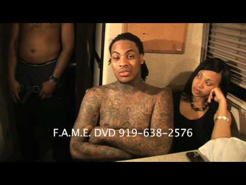 WAKA FLOCKA FLAME FIGHT AND BOTTLES THROWN (MUST SEE THIS)
