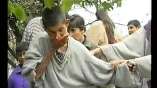 Verbannt, vergessen, abgeschoben - die Mädchen von Malko Scharkovo; Reportage von Inge Bell 2000