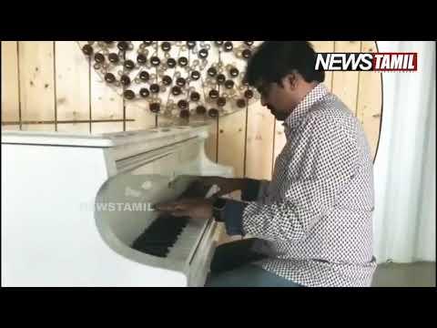 Vivek playing AR Rahman's Piano with AR Rahman