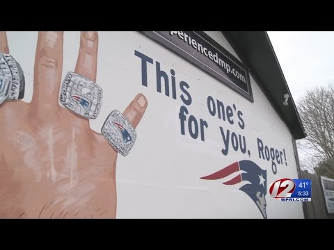 Wakefield mural jabs at NFL commissioner