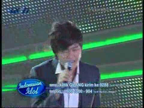 Gilang - Mengejar Matahari [ Spektakuler 8 ] Indonesian Idol 2010 / 02-07