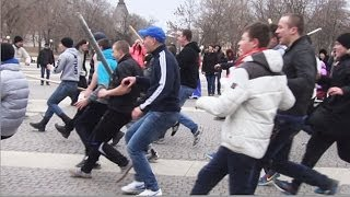 Массовый бой 'Стенка на стенку' в центре Астрахани