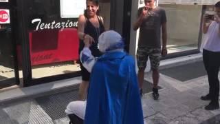 Romantica proposta del principe azzurro a Lecce