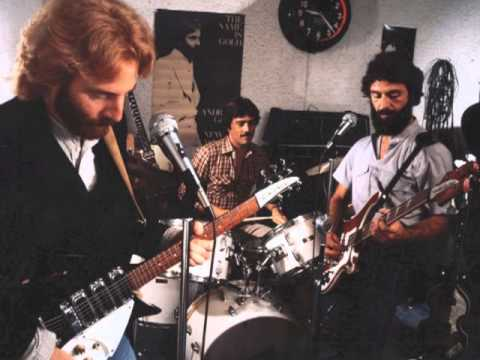 """Andrew Gold discusses the making of """"You're No Good"""" by Linda Ronstadt."""