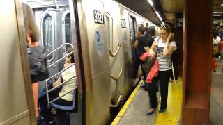 IND 6th Ave Line: R160A-2 F Train at 34th St-Herald Square (Brooklyn Bound)