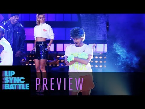 """David Spade Performs Wham!'s """"Wake Me Up Before You Go-Go"""" 
