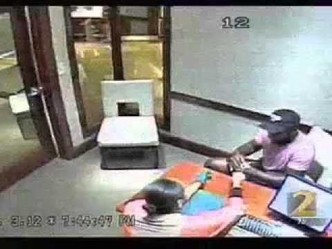 WSB_Man Steals Rolex from Lenox Mall