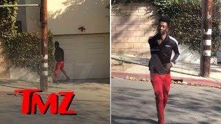 Desiigner Caught Peeing in Public on Garage Then Running Back to His Car   TMZ
