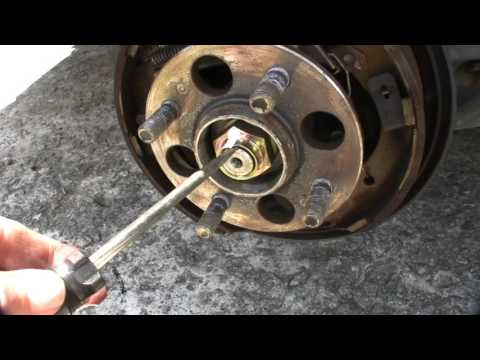 How to replace the Rear Wheel Bearing Hub Assembly on a Honda Civic