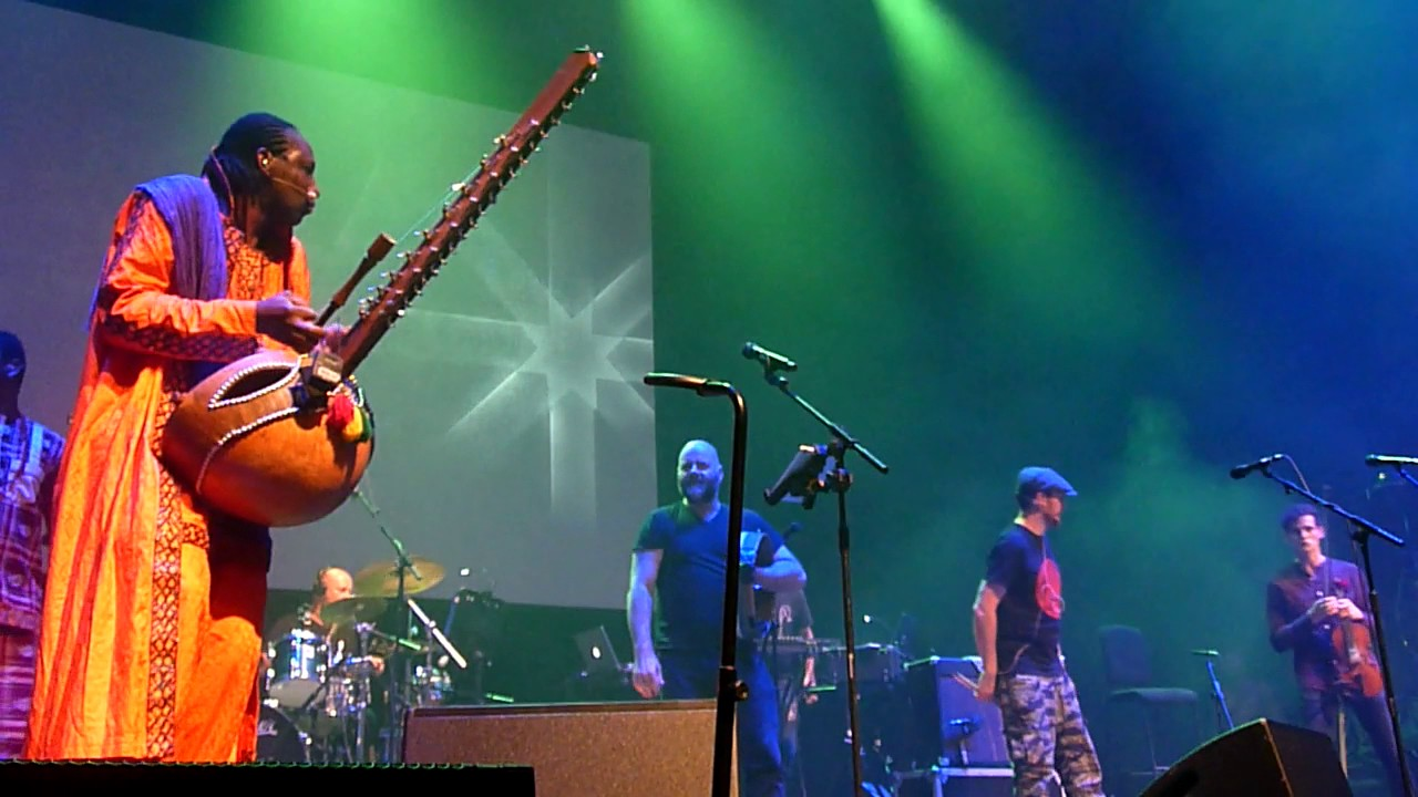 afro-celt-sound-system-whirl-y-reel-1-barbican-london-october-2016-gigs-krislw
