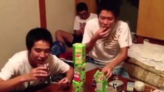 男子高校生がチョコビの早食いをしてみた。