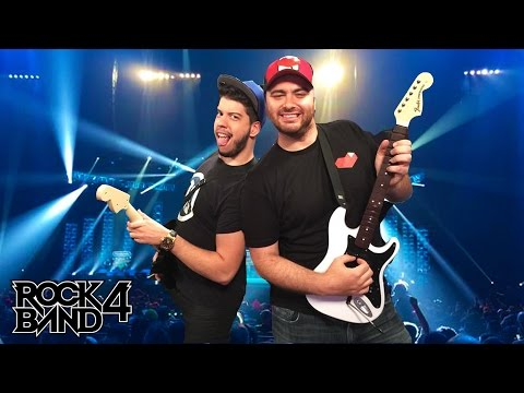 ROCK BAND 4 - Rocking Out at E3 2015 - Live Gameplay Demo by HikeTheGamer and TypicalGamer!