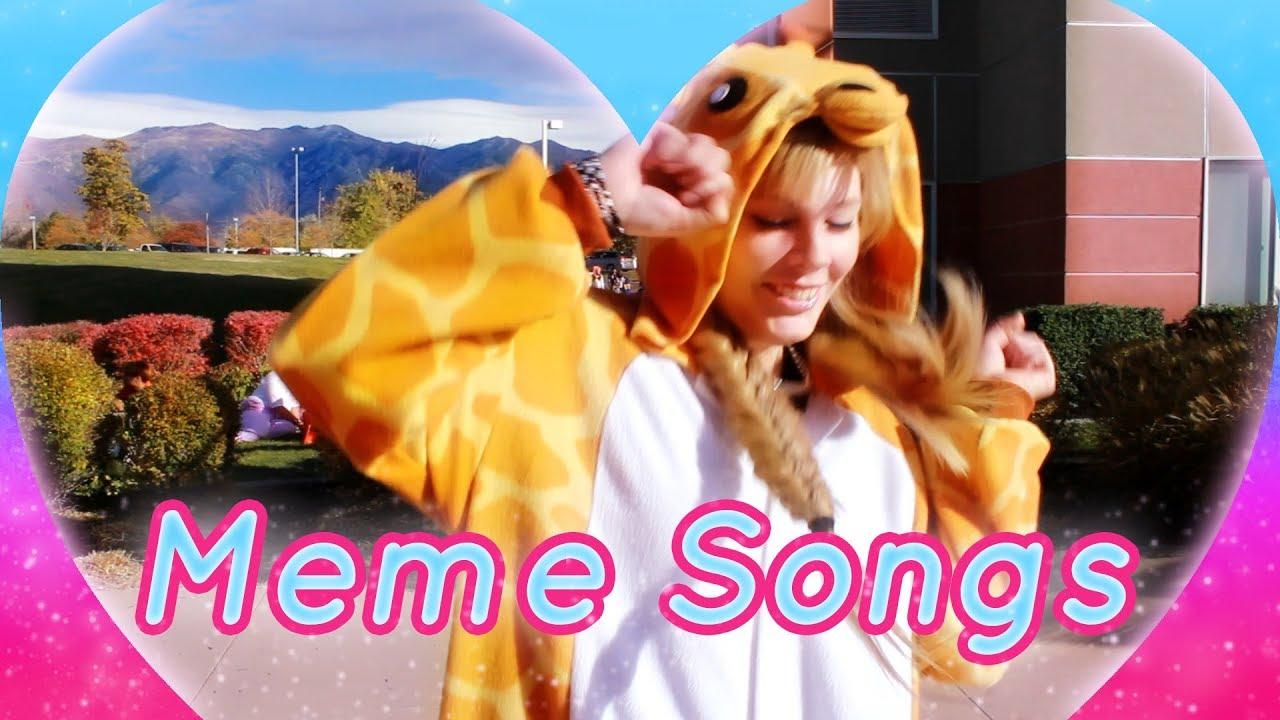 Classic Meme Songs @ Anime Banzai 2017 - YouTube