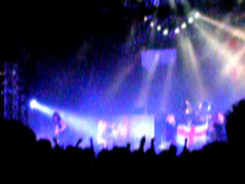 Saxon '747(Strangers in the night)' @London Hammersmith Apollo 22 Nov 08