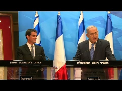 Netanyahu rejects French peace initiative, offers to meet Abbas