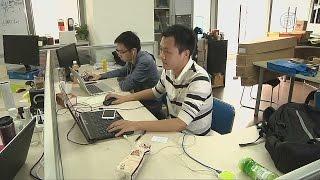 Работа в офисах в Китае теряет популярность (новости)(http://ntdtv.ru/ Работа в офисах в Китае теряет популярность. Каждый год из ВУЗов в Китае выпускаются сотни тысяч..., 2015-10-19T09:41:04.000Z)