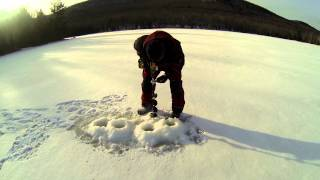 Repeat youtube video CORDLESS DRILL ICE AUGER