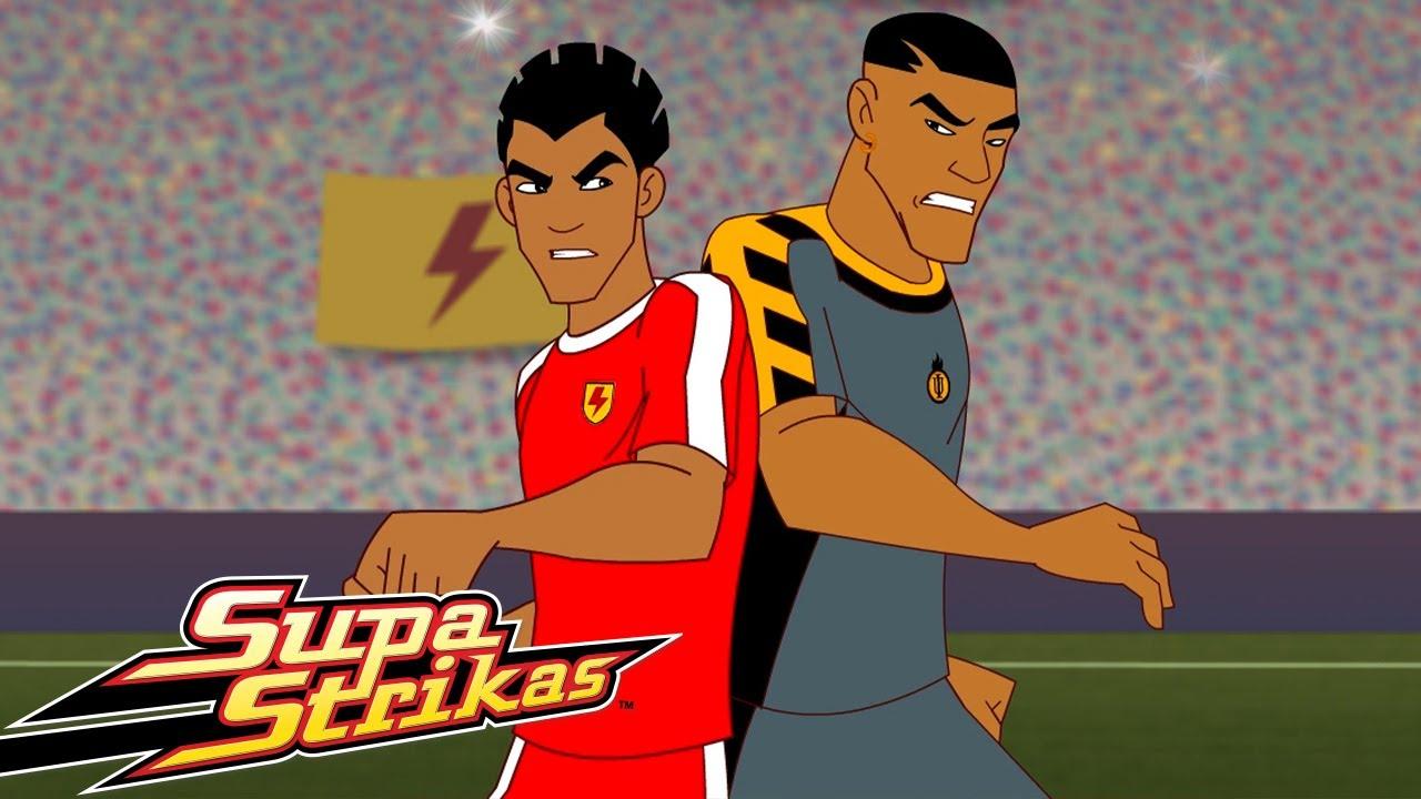 Supa Strikas | Shakes num Comboio | Desenhos Animados de Futebol em Português
