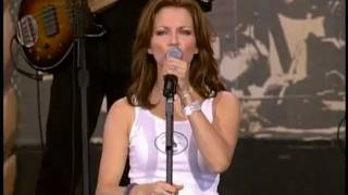 Martina Mcbride - Independence Day  Live At Farm Aid 2001
