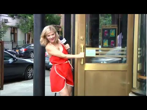 Arden convinces New York to take her home - A Best of Take Me Home Video