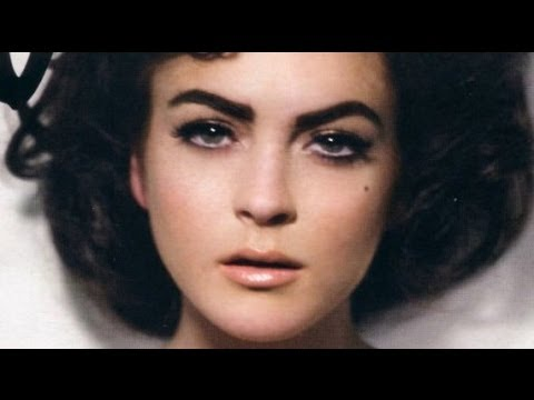 Lindsay Lohan as Elizabeth Taylor [Like or Dislike?]
