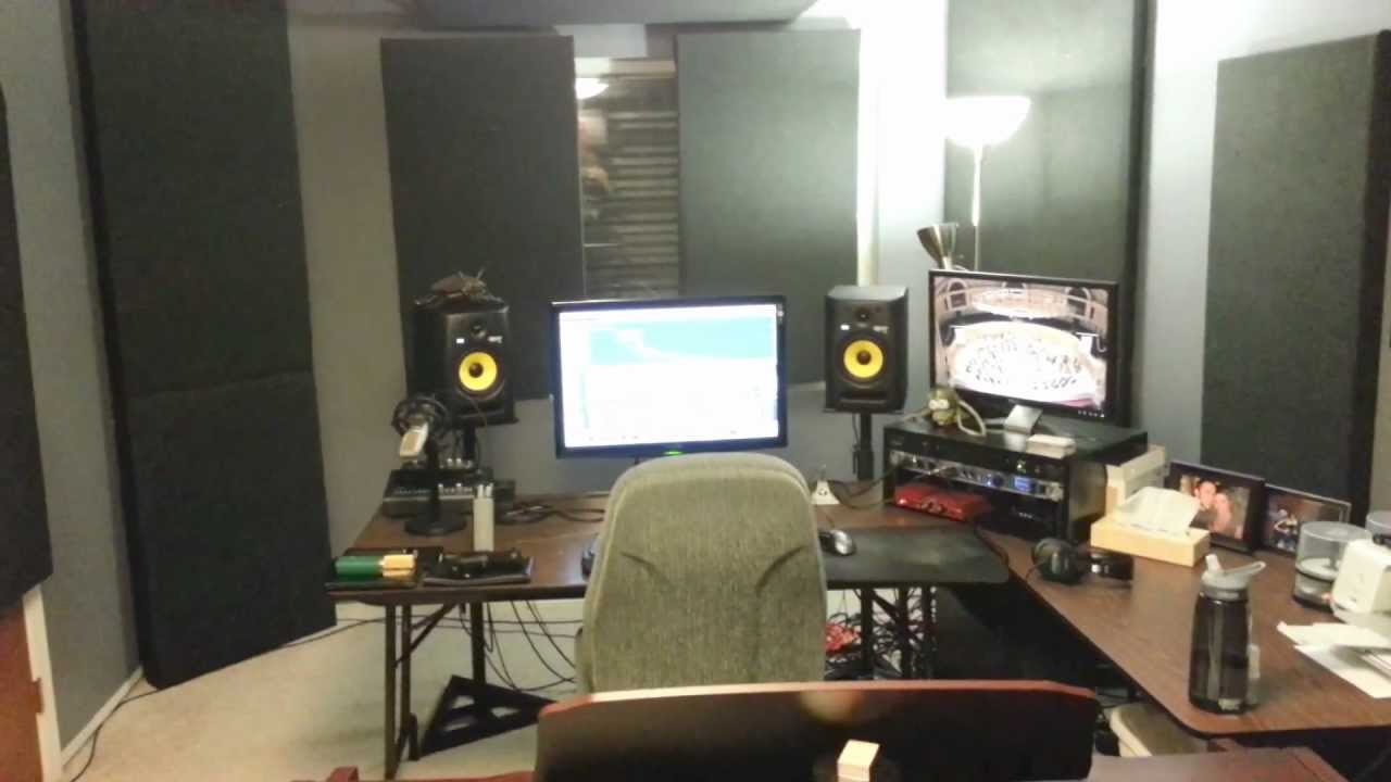 Professional home recording studio tour advice tips and for Bedroom recording studio