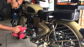Royal Enfield Service, Water wash and detailing - Classic 500 Desert Storm Bullet