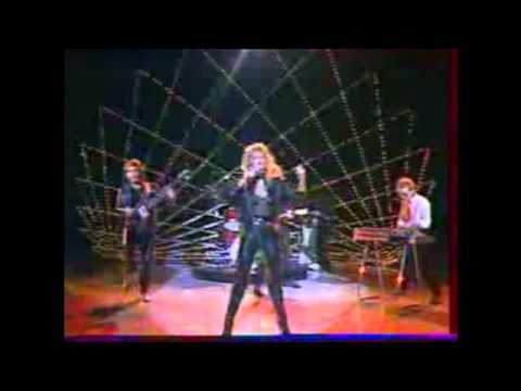 Bonnie Tyler - Here She Comes LIVE mp3