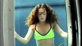 ebp 2 girl underwater apnea 4min