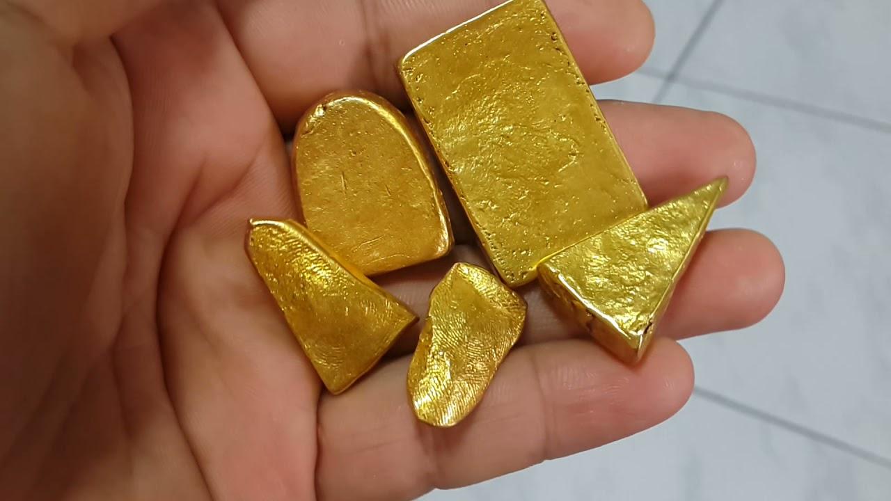 พระสมเด็จชุดเบญจภาคีเนื้อทองคำวังหน้ากรุวัดประแก้วมรกตปี2411สนใจทัก