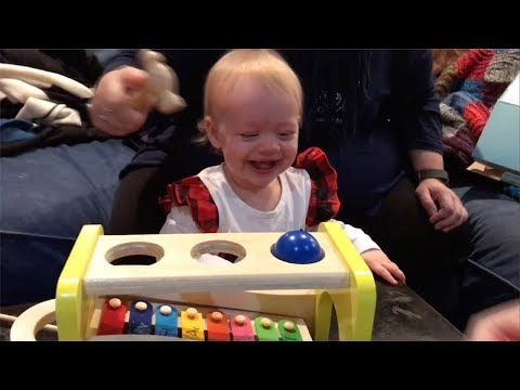 Jason King - WATCH: Baby Cant Stop Laughing At New Toy