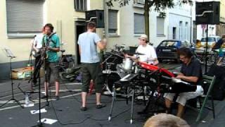 Platzkonzert auf der Körnerstraße in Köln Ehrenfeld