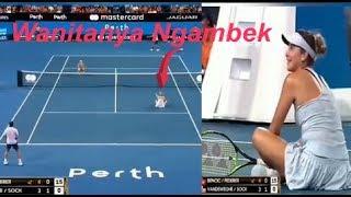 Ketika Pemain Tenis Ganda Campuran Hanya Pria Saja Yang Bermain, Ini Yang Dilakukan Wanita
