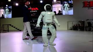 Робот Asimo в Москве