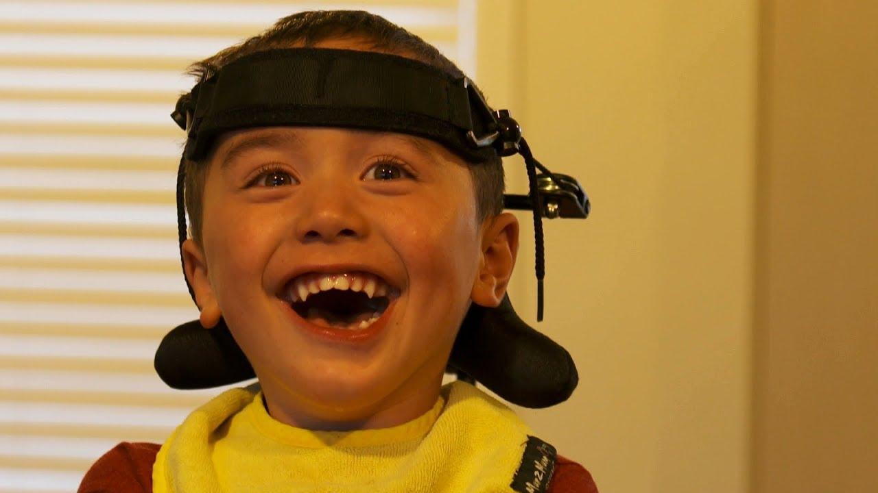 Izlazi sa ženom s cerebralnom paralizom