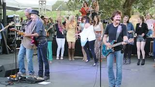 Doobie Brothers - Listen to the Music - Video - Tour - Sonoma 2012