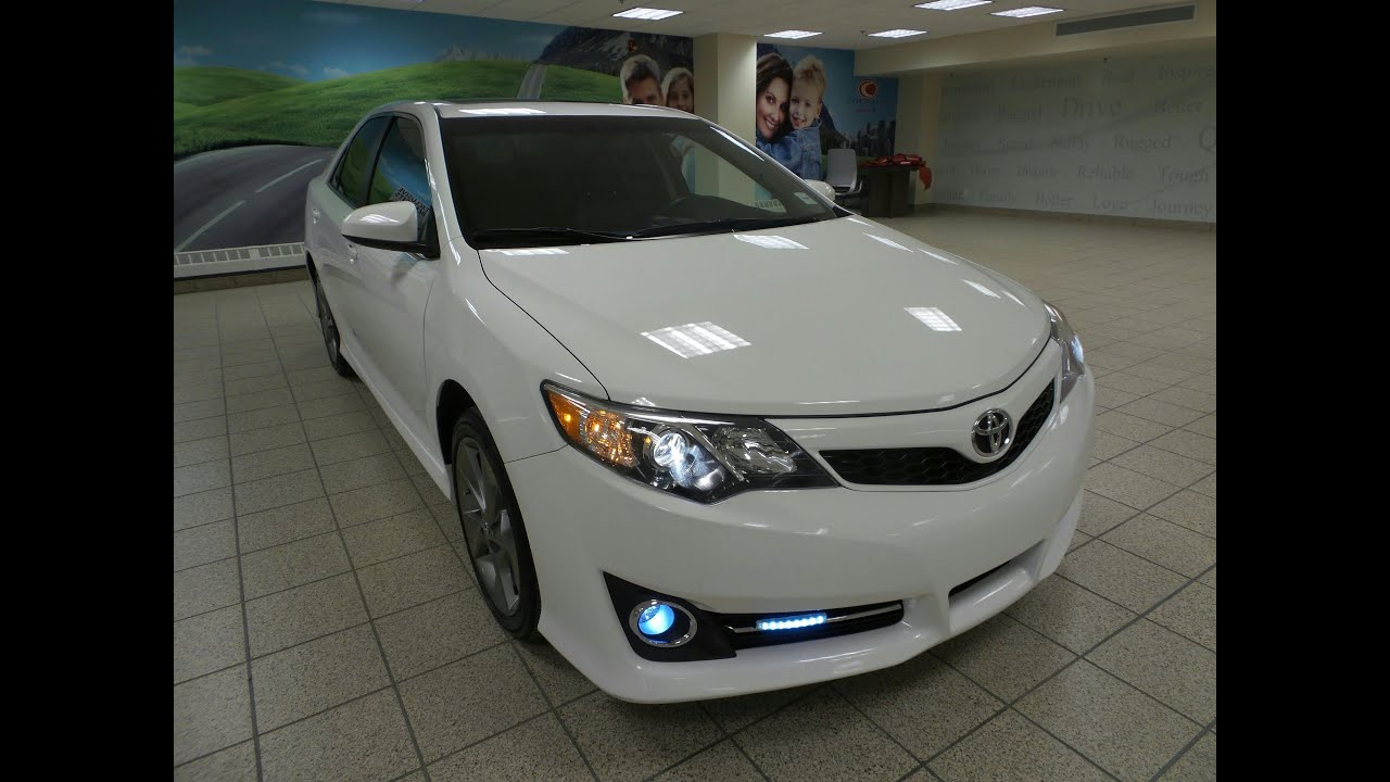 2012 toyota camry se v6 calgary ab 150322a charlesglen toyota youtube. Black Bedroom Furniture Sets. Home Design Ideas