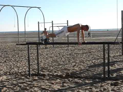 TheJajo91 works out in Santa Monica @ The Muscle Beach
