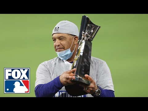 """Dodgers celebrate winning NL pennant, manager Dave Roberts says, """"This is our year"""" 