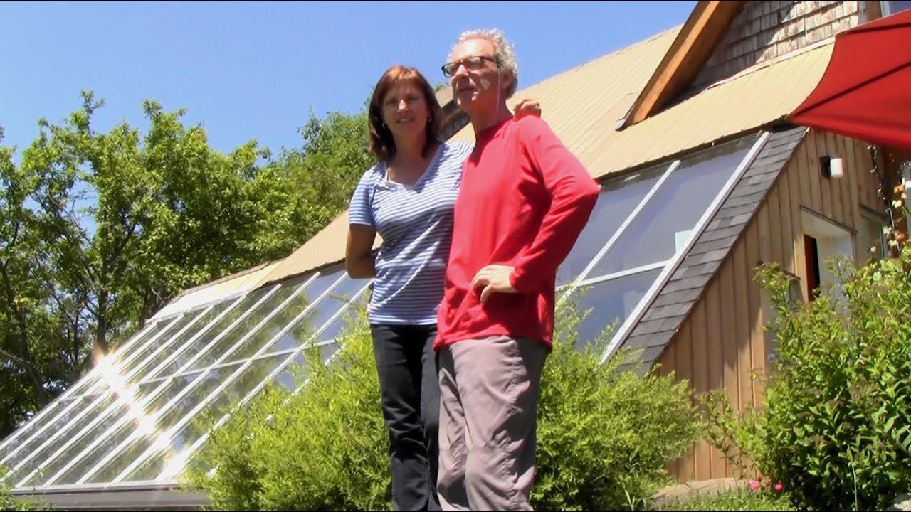 Assez Serre et maison solaire - YouTube LX09