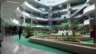 Parque de juegos en el CENTRO COMERCIAL SANTA FE MEDELLIN