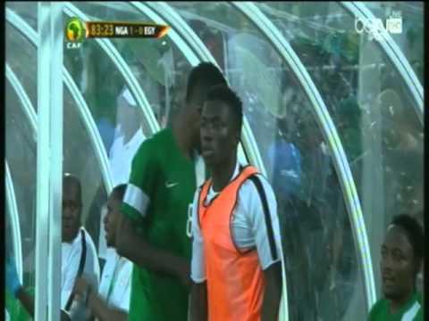 فدائية حمادة طلبة تنقذ المنتخب من هدف أكيد أمام نيجيريا