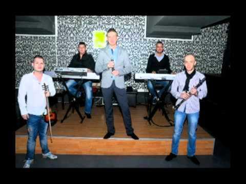 Blaga De La Oradea - A Cazut Un Fulg De Nea (LIVE)