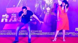 Salman khan best Live dance and singing performance  Race 3 music launch